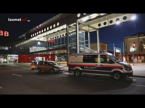 Schüsse im Bahnhofsgebäude in Wels-Innenstadt sorgen für Großeinsatz der Polizei