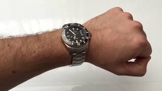 With an RRP $399, but currently on offer at $279 / £215, the Phoibos PY007C Automatic is a stellar Submariner Homage that is heavy on the specs. Miyota 9015, ceramic bezel, sapphire crystal with decent AR coating as well as great build quality make it an excellent option for thos after a Sub homage. The only issue is the misaligned date cyclops - hopefully it's a one-off.