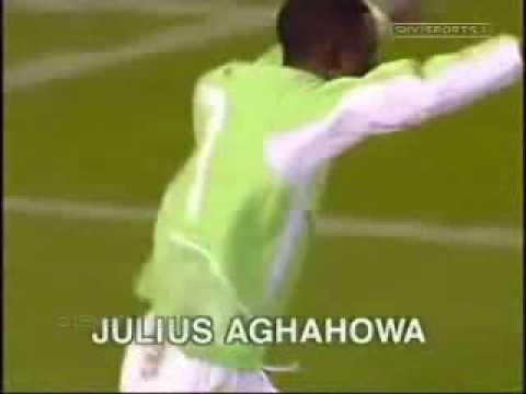 soccer am football -