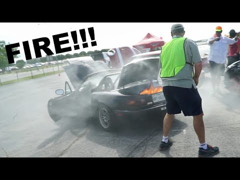 MY MIATA CAUGHT FIRE (видео)