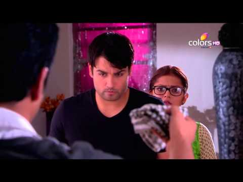 Madhubala - Tamanna accuses Madhu of being a thief and creates a scene. Pam calls Abhay out and before he can come out, Raju comes and pushes Tamanna. Raju declares that...