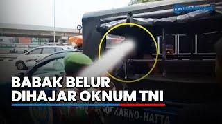 Video Seorang Pria Babak Belur Dihajar hingga Ditodong Senjata Anggota TNI, Begini Kejadiannya MP3, 3GP, MP4, WEBM, AVI, FLV Juli 2019