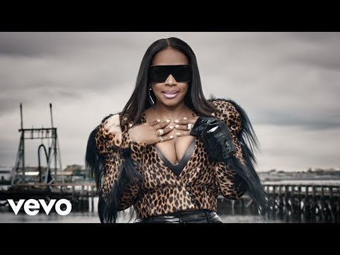 Remy Ma – Wake Me Up ft. Lil' Kim