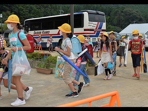 丹波・前山小学校の始業式