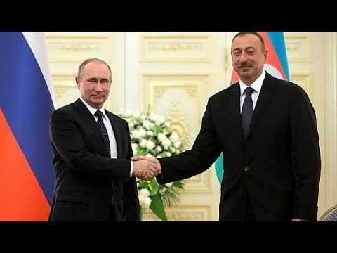 Στο Μπακού ο Πούτιν πριν την κρίσιμη συνάντηση με τον Ερντογάν