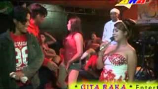 Gita raka Miss Tina Es Lilin (sabagi)