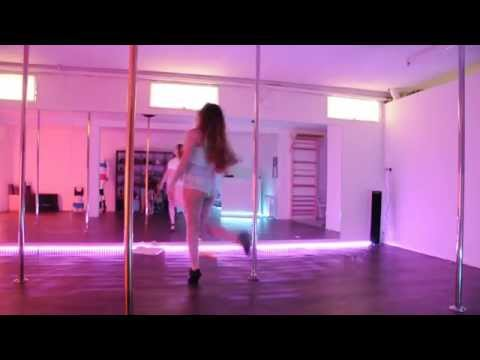 After School - First Love - POLE DANCE COVER