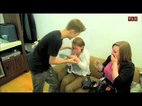Justin Bieber Fans Get the Surprise of a Lifetime (видео)