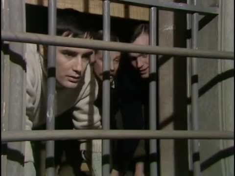 Colditz TV Series S02-E09 - Senior American Officer