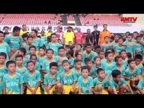 Coaching Clinic Sepak Bola Oleh Peserta Anak Terbanyak
