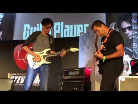 Steve Vai did a workshop in São Paulo last week. This is him playing along with Patrick Souza, Vai's reaction to the guy's talent is priceless.