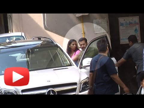 Salman Khan Leaves for Bajrangi Bhaijaan Shooting