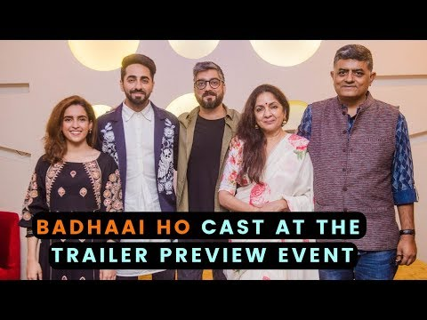 Badhaai Ho : Ayushmann Khurrana and Sanya Malhotra enjoy with the cast