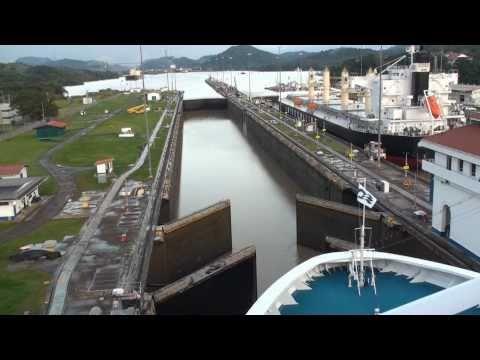 VIDEO - Panama Canal efab70b532bf