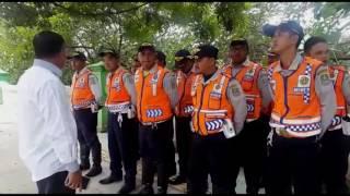 Video Gelar razia tanpa surat tugas (Ilegal), kepergok Walikota Bekasi, petugas dishub dihukum push-up. MP3, 3GP, MP4, WEBM, AVI, FLV Agustus 2018