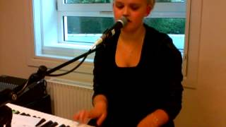 Still Into you - Parmore (Cover Kathrine)