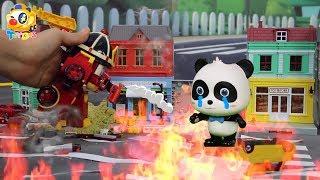 Video 殭屍入侵城市,奇奇被大火困住了,poli警車、羅伊消防車快來救救奇奇| 寶寶玩具 | 兒童玩具 | 玩具巴士 MP3, 3GP, MP4, WEBM, AVI, FLV Oktober 2018