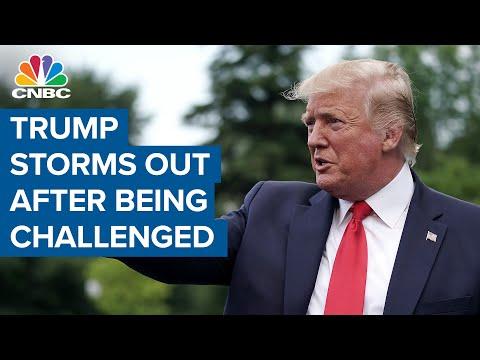 Трамп сердито покидает пресс-конференцию после того, как журналисты оспаривают его