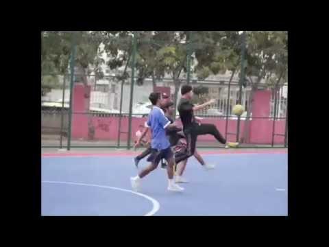 ไทยแลนด์ สตรีทซอคเกอร์ ฟุตบอลขั้นเทพ ฟุตซอลเทพๆ  TS2 vs สหภาพแรงงานพม่า (видео)