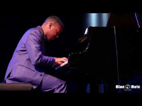 Christian Sands Trio - Reaching For The Sun - Live @ Blue Note Milano