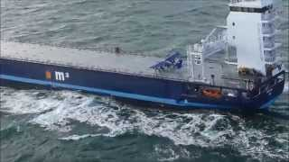 Video Extreme small plane landing on a ship at sea - and subsequent takeoff MP3, 3GP, MP4, WEBM, AVI, FLV Agustus 2018