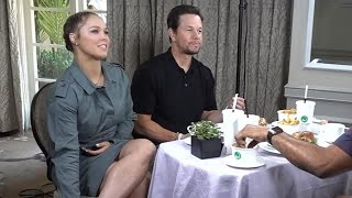 Video Watch Ronda Rousey Surprise Mile 22 Co-Star Mark Wahlberg With His Own Burger! (Exclusive) MP3, 3GP, MP4, WEBM, AVI, FLV Agustus 2018