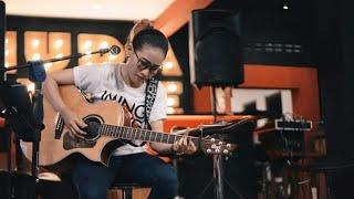 Video Nufi Wardhana Padi Begitu Indah Live Thepark Mall SoloBaru 2017 MP3, 3GP, MP4, WEBM, AVI, FLV Juli 2018