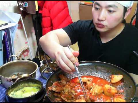 닭볶음탕大자+계란찜 먹방 Spicy Chicken Roast + Steamed Egg