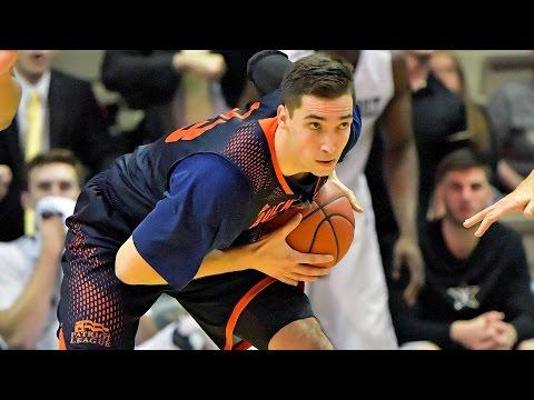 Bucknell Player Tricks Navy For Easy Basket   CampusInsiders (видео)