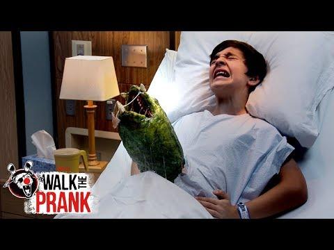 Tummy Trouble | Walk the Prank | Disney XD