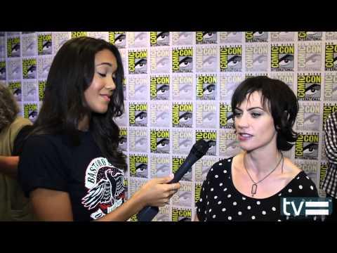 Maggie Siff Talks Sons of Anarchy Season 6 & Jax's Ass