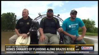 Fort Bend (Texas, US) County Sheriff Troy Nehls and Simonton Mayor Louis Boudreaux took an airboat tour of across Simonton on Wednesday (1 June 2016) to tour the flooded landscape.