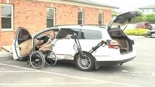 Video robot 2001 arm putting wheelchair into VW passat MP3, 3GP, MP4, WEBM, AVI, FLV Januari 2019