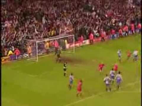 Liverpool FC 1-0 FC Barcelona (UEFA 2000-01)