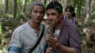 Nonton Kunal Khemu & Vir Das's fight with a Zoombie Film Subtitle Indonesia Streaming Movie Download