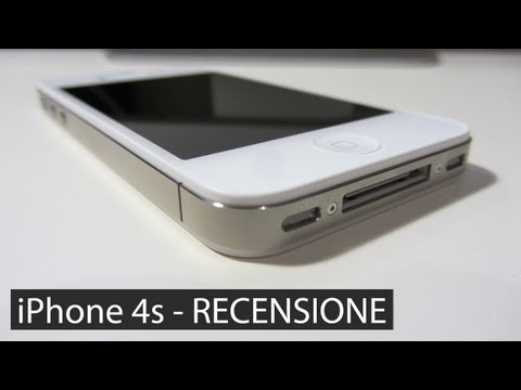iphone 4S - Ecco la recensione dell'iPhone 4s! In questo video vedremo da vicino tutte le novità di questo telefono e cercheremo di capire se vale la pena comprare adess...