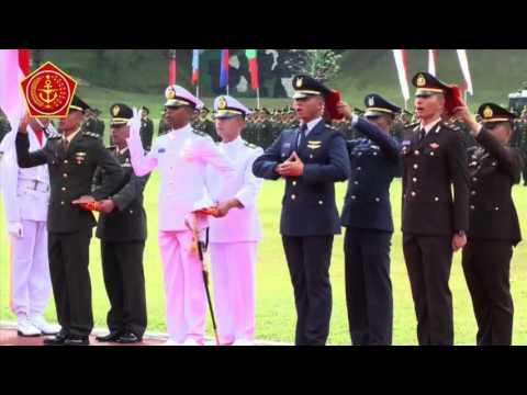 Presiden RI Lantik 720 Perwira Remaja TNI-Polri di Magelang
