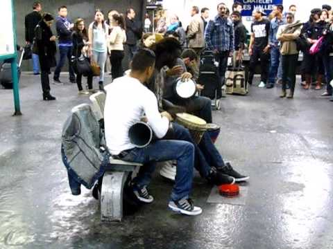 Amazing Djembe Show, Chatelet, Paris, Metro music performance 23.10.2013.