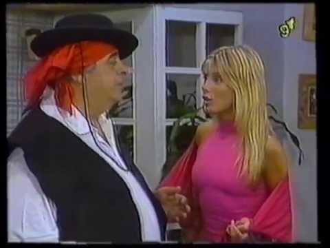"Jorge Porcel - Carmen Carrasco - Adriana Brodsky -- ""Las Gatitas de Porcel"" видео"