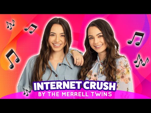 The Merrell Twins Sing About Their Secret Internet Crush At VidCon's Night Of Awesome