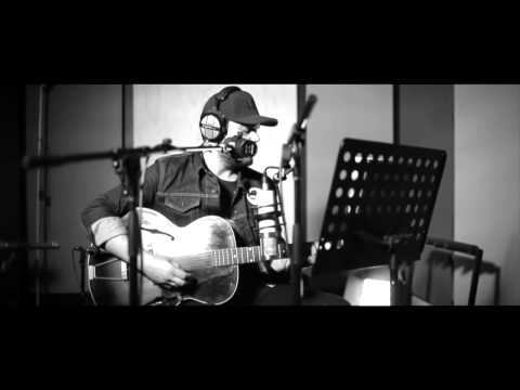 Dan Sultan - Mountaintop (Live From the Way of the Eagle Studios) (видео)