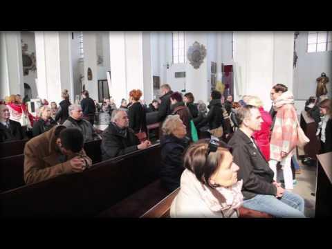 Forlater kirken i protest mot presten som forsvarer totalforbud mot abort