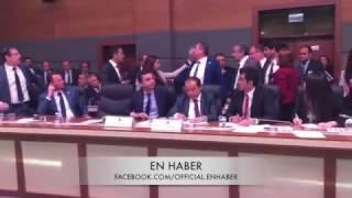 Anayasa Komisyonunda Taşkınlık Çıkaran HDP'li Vekillerin Çirkin Saldırılarına Maruz Kalan AK Partili Vekiller Cevap Vermekte Gecikmedi. MHP'li Vekiller de Bu Duruma Kayıtsız Kalmayıp AK Parti'li Vekillere Destek Oldu.Ak Parti Çorum Milletvekili Ahmet Sami CEYLAN'ın Her Vurduğu Şut Gol Oldu :) Büyüksün A.S.CBiz Birlikte Türkiye'yiz. Hiçbir Bölücü Etmen Bizi Birbirimizden Ayıramaz!