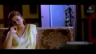 Pathu Pathu Sona Aunty Romantic Scenes