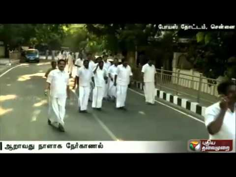 ADMK-holds-election-aspirants-counselling-for-sixth-day