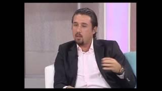 Op Dr Mustafa Ali Yanık Yüz mimiklerini bozmadan botoks nasıl yapılır