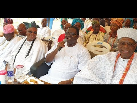 Ebenezer Obey Sings At His Birthday As He Reveals His Real Age And Favorite Food,got People Laughing