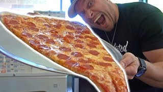 Video World's LARGEST Pizza Slice Challenge MP3, 3GP, MP4, WEBM, AVI, FLV Agustus 2017