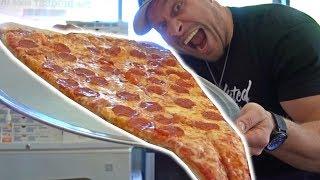 Video World's LARGEST Pizza Slice Challenge MP3, 3GP, MP4, WEBM, AVI, FLV Oktober 2017