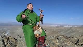 Mongolski śpiew gardłowy, a do tego przepiękna melodia